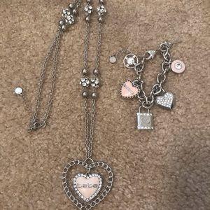 Bebe necklace and bracelet set